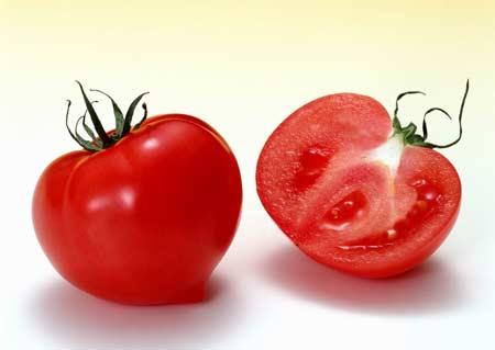какие витамины содержит томат